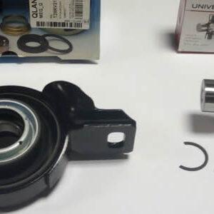 Подвижное крепление к опоре карданного вала обеспечивается специальным подвесным подшипником.