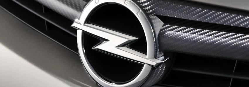 Компания была основана 21 января 1863 года и приступила к выпуску автомобилей в 1899 году.